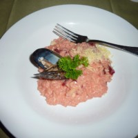 Risotto with squid and beetroot